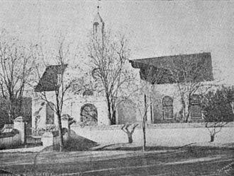 Beaufort-wes se eerste ng kerkgebou, ingewy in 1831, in gebruik tot