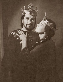 Anna Neethling-Pohl as Lady Macbeth en André Huguenet as Macbeth.
