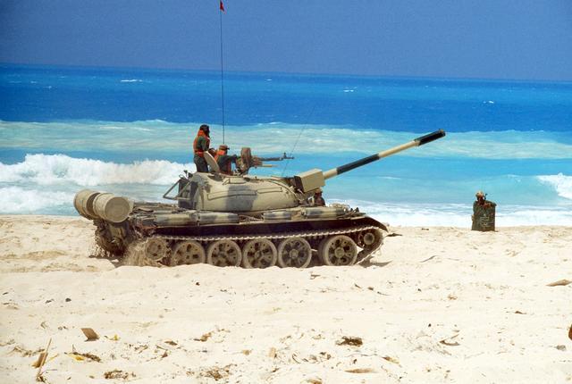 القوات البرية العربية الجزء الأول : الدبابات (2) (شــــــــــــــــــــــــــــــــــــــــــــــــامل) Ramses_II_tank