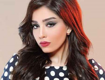 الفنانة البحرينية صابرين