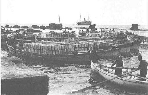 تحميل صناديق البرتقال اليافاوي خارج ميناء يافا.jpg&filetimestamp=20070415122404&