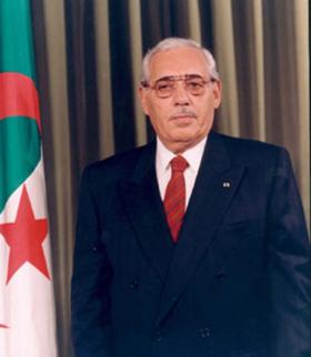 (البرنامج الفضائي الجزائري)  والعلاقات الجزائرية الايرانية.  280px-Ali_Kafi_301
