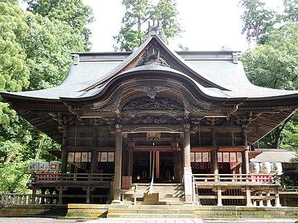 青海神社(新潟県加茂市大字加茂229)拝殿