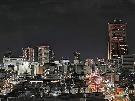 南区方面より中区市街地の夜景