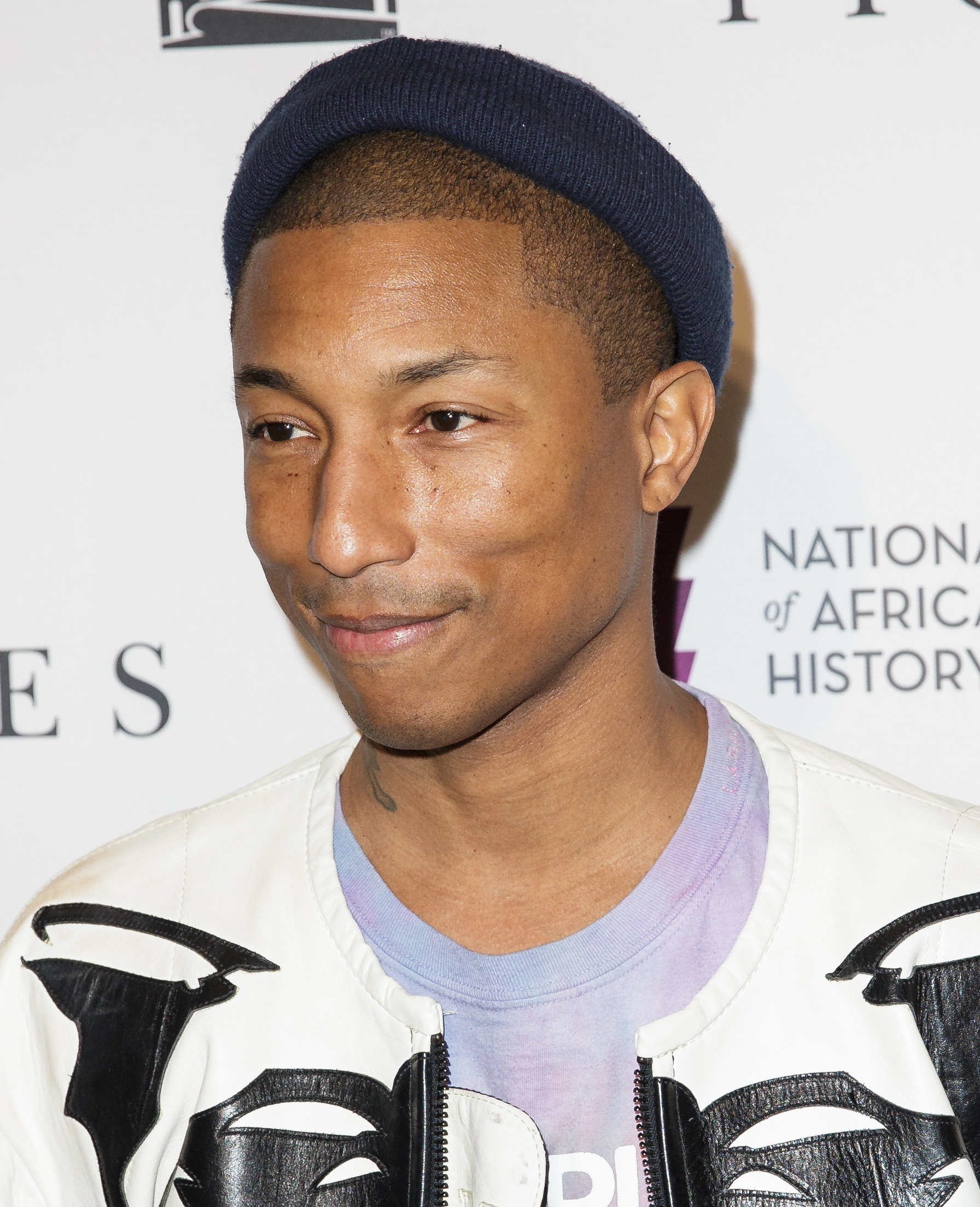 The 47-year old son of father Pharoah Williams and mother Carolyn Williams Pharrell Williams in 2020 photo. Pharrell Williams earned a million dollar salary - leaving the net worth at 80 million in 2020