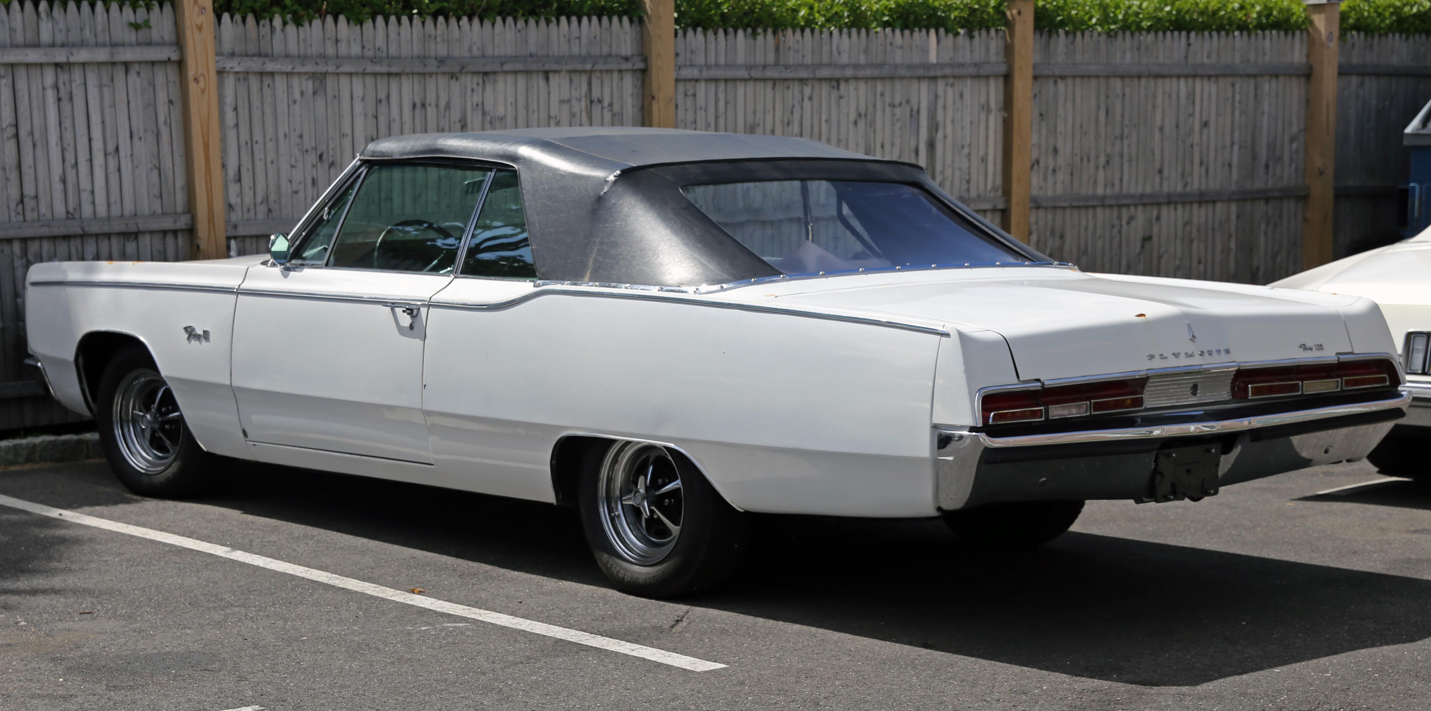 Datei 1967 Plymouth Fury Iii Convertible  White   Rear
