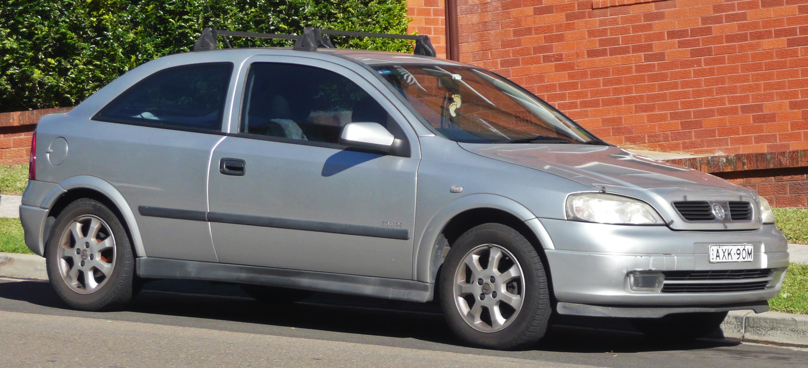 File 2002 Holden Astra Ts Equipe 3 Door Hatchback 2010