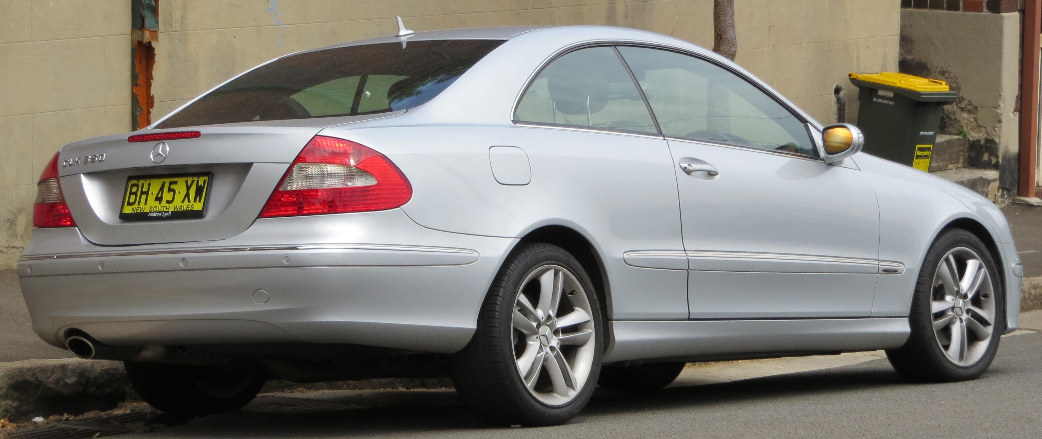 File:2006 Mercedes-Benz CLK 350 (C 209) Avantgarde coupe ...