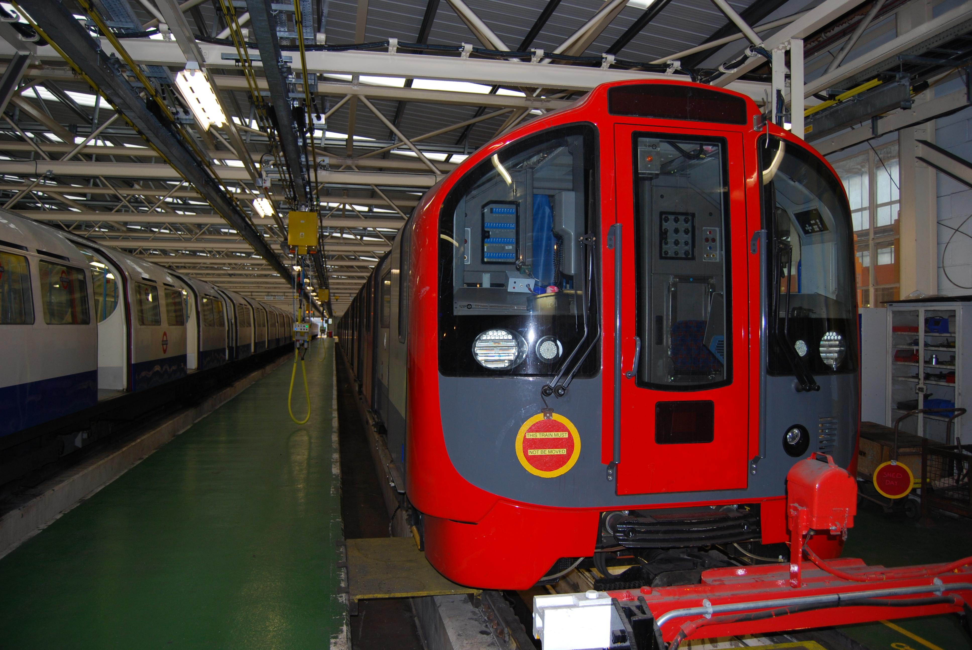 Description 2009 Stock Underground Trains.jpg