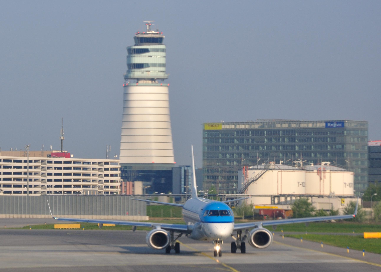 Dusseldorf International Airport Car Hire