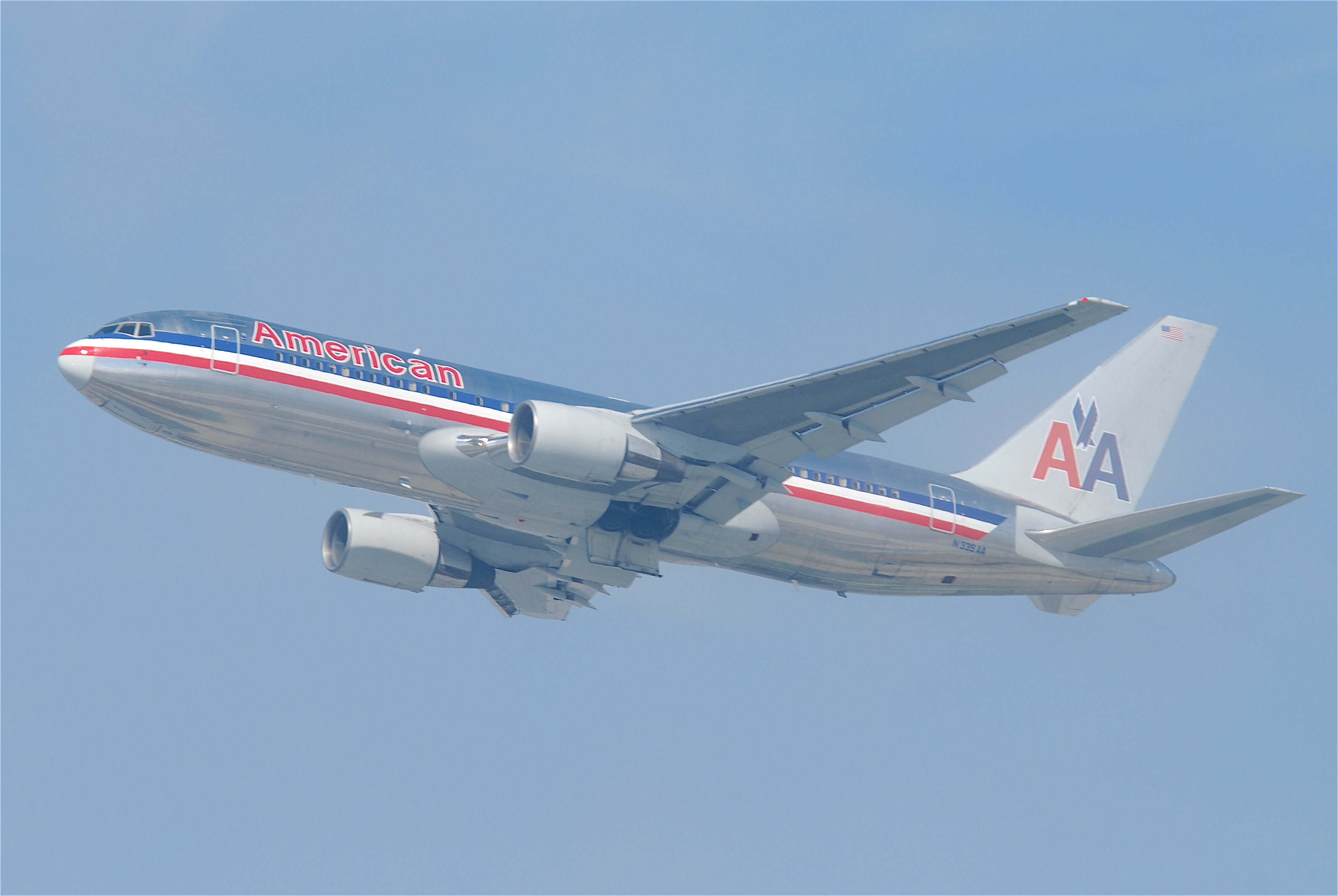File:American Airlines Boeing 767-200; N339AA@LAX;10.10 ...
