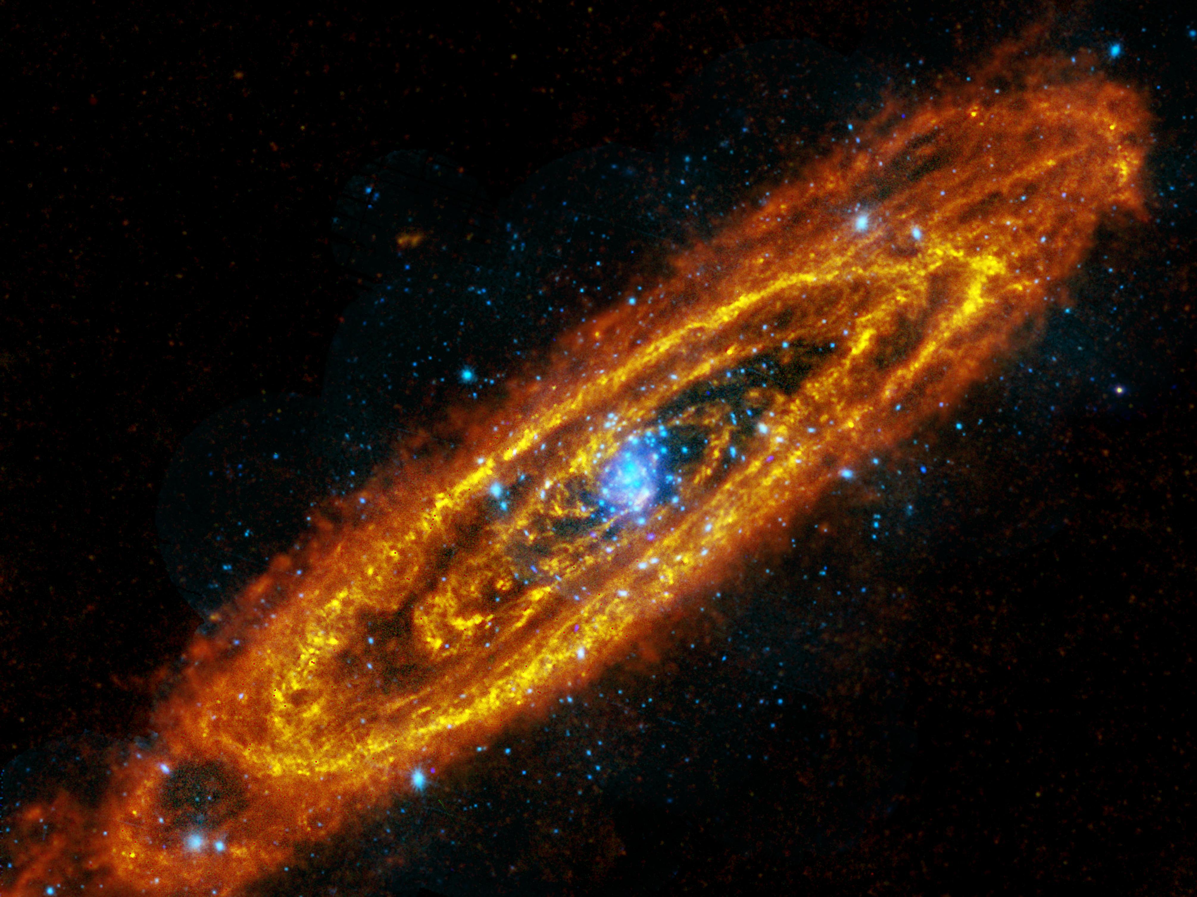 مجرة Andromeda spiral
