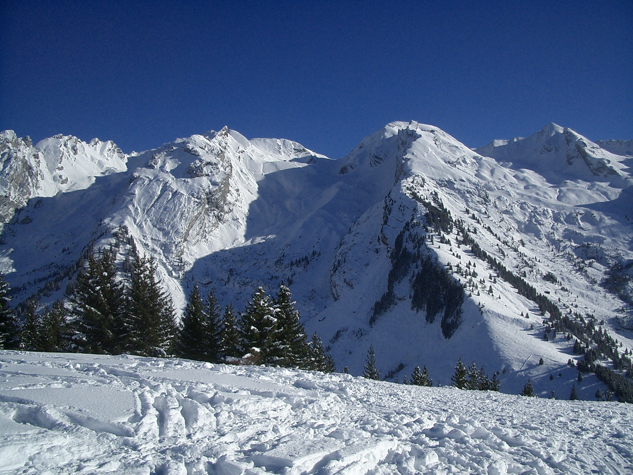 File:Aravis Nord 2 jpg - Wikimedia Commons