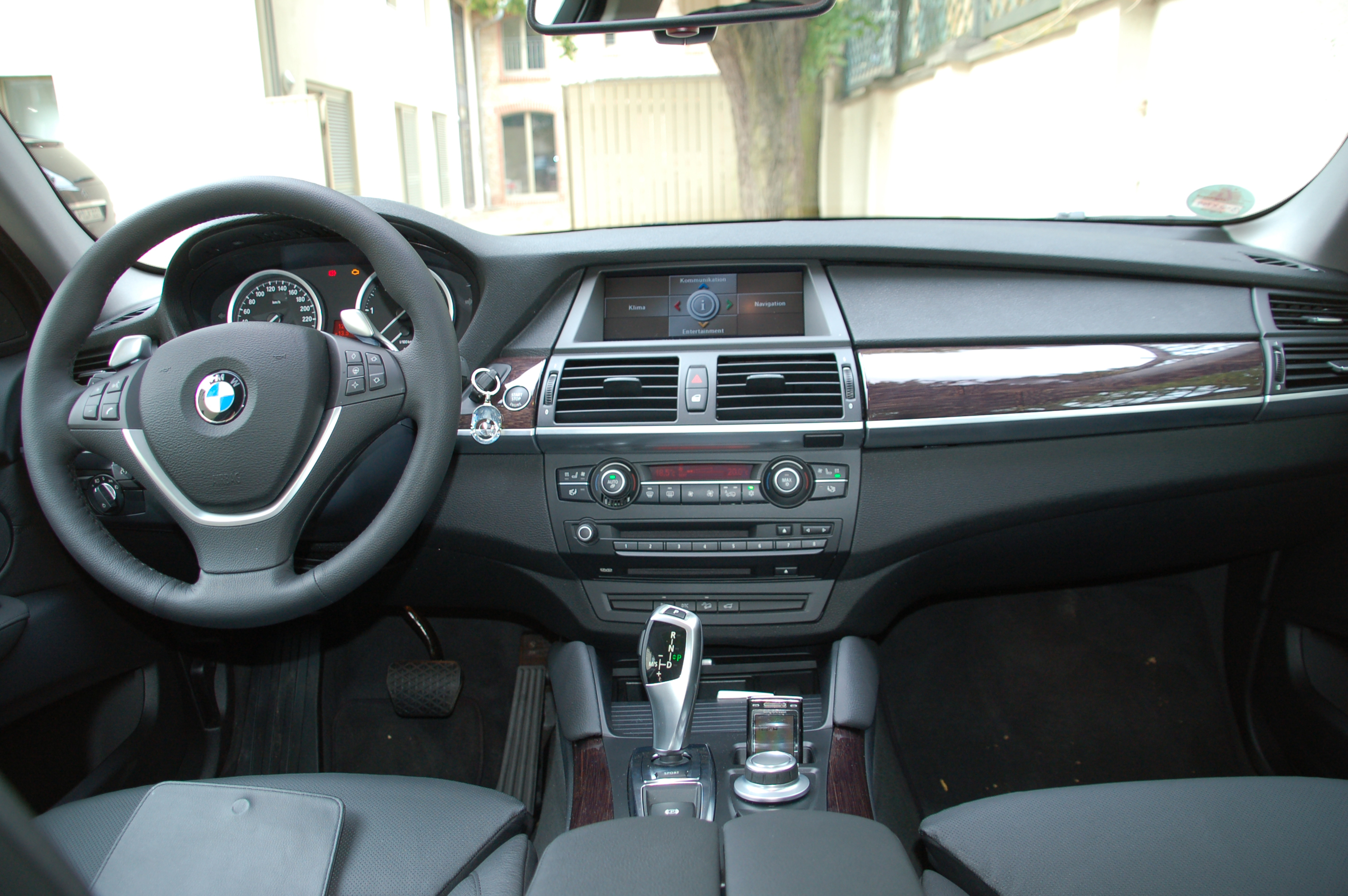 Файл Bmw X6 Xdrive35d Cockpit Jpg Вікіпедія
