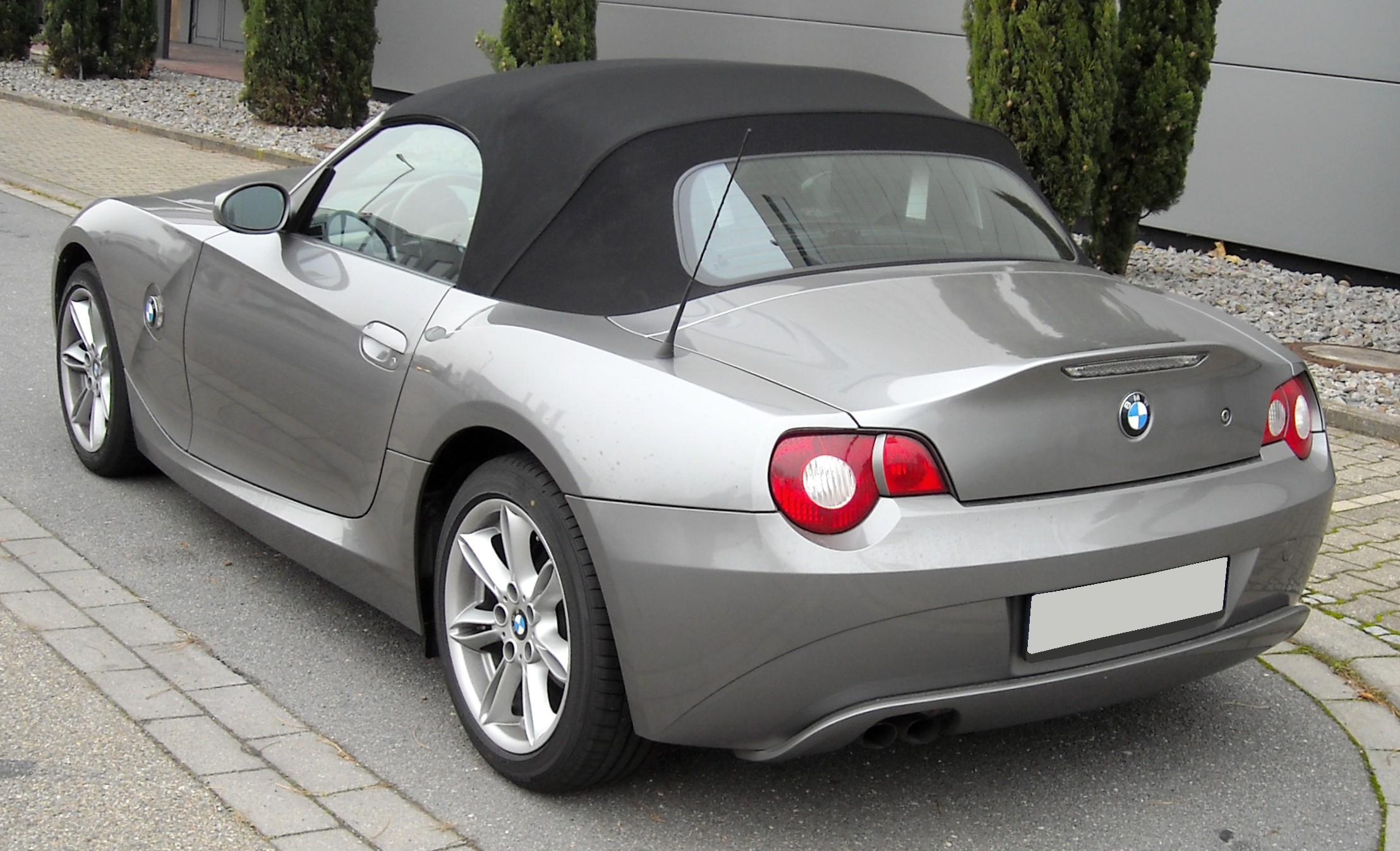 File Bmw Z4 Rear 20081201 Jpg Wikimedia Commons