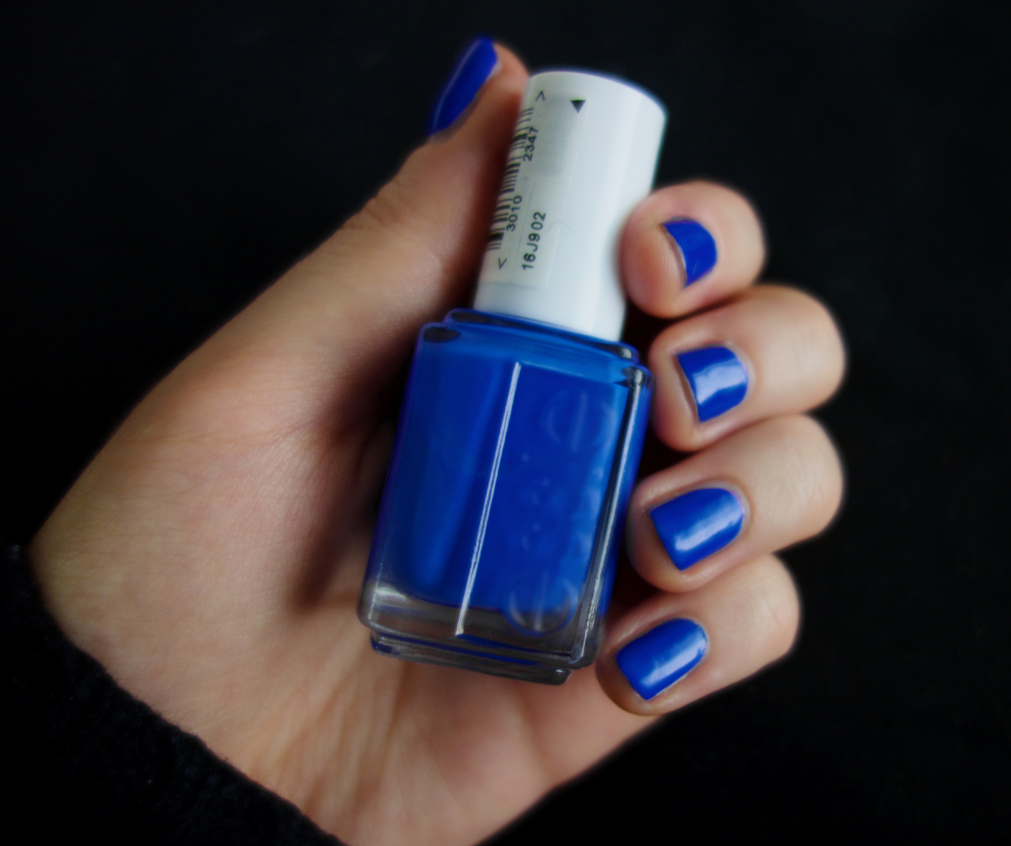 File:Blue nails.jpg - Wikimedia Commons