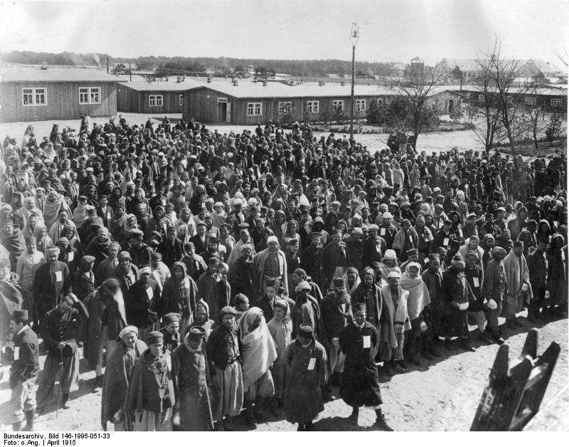 Bundesarchiv_Bild_146-1995-051-33%2C_W%C3%BCnsdorf_bei_Berlin%2C_Gefangenenlager_f%C3%BCr_Araber Военнопленные мусульмане в Германии и пропаганда джихада Ислам в России