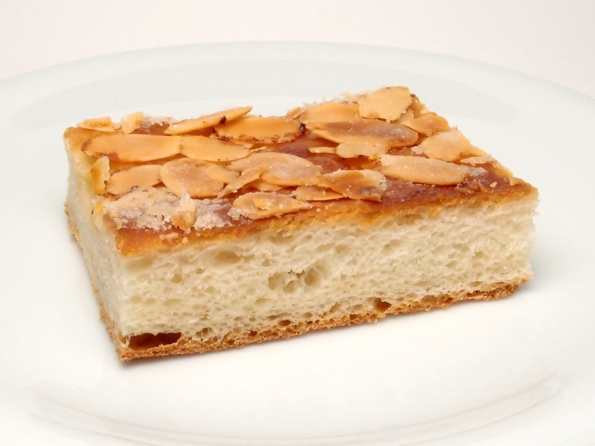 German Apple Kuchen Cake