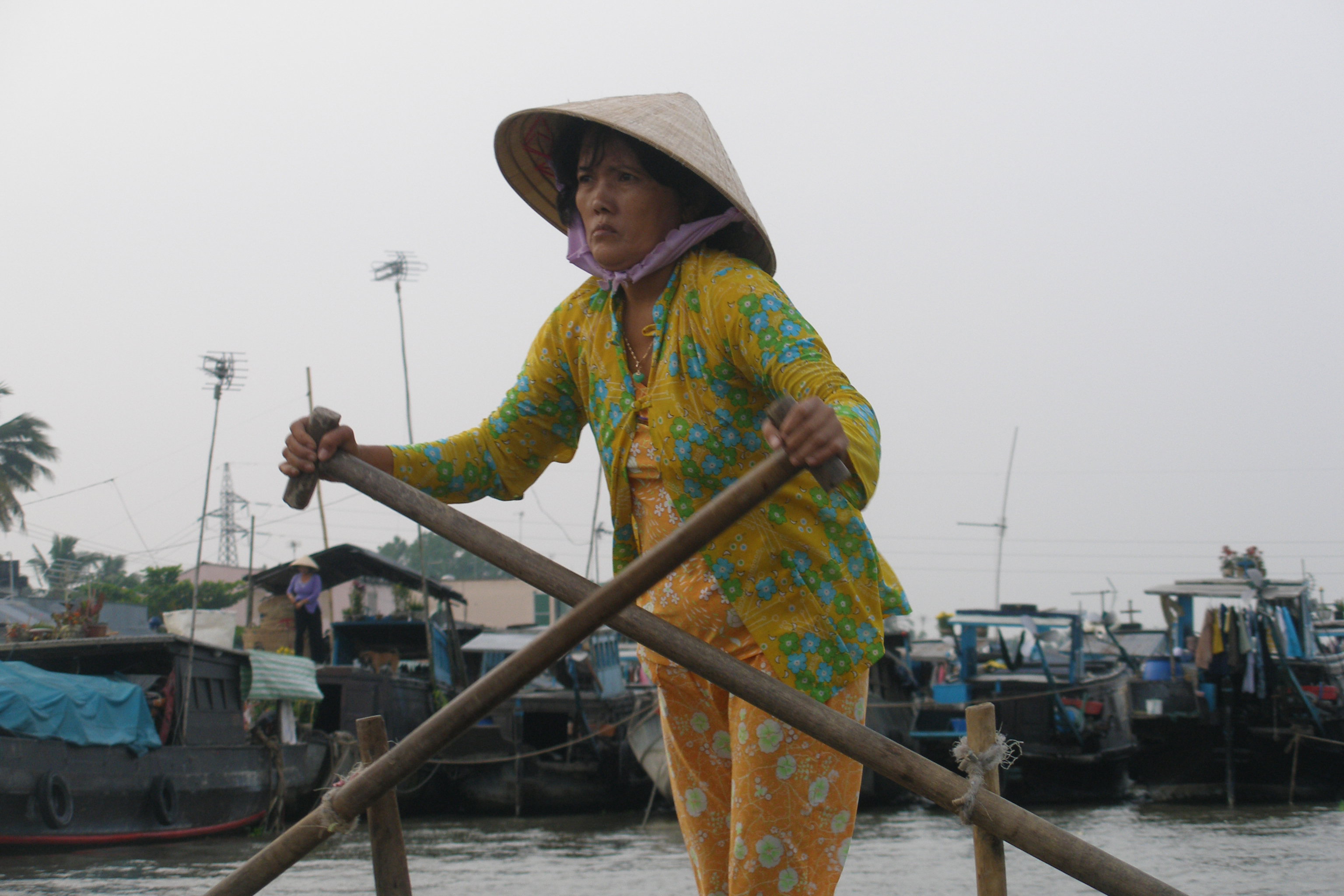 File:Can Tho, Vietnam, Floating Market, Rawing 3.jpg - Wikimedia Commons