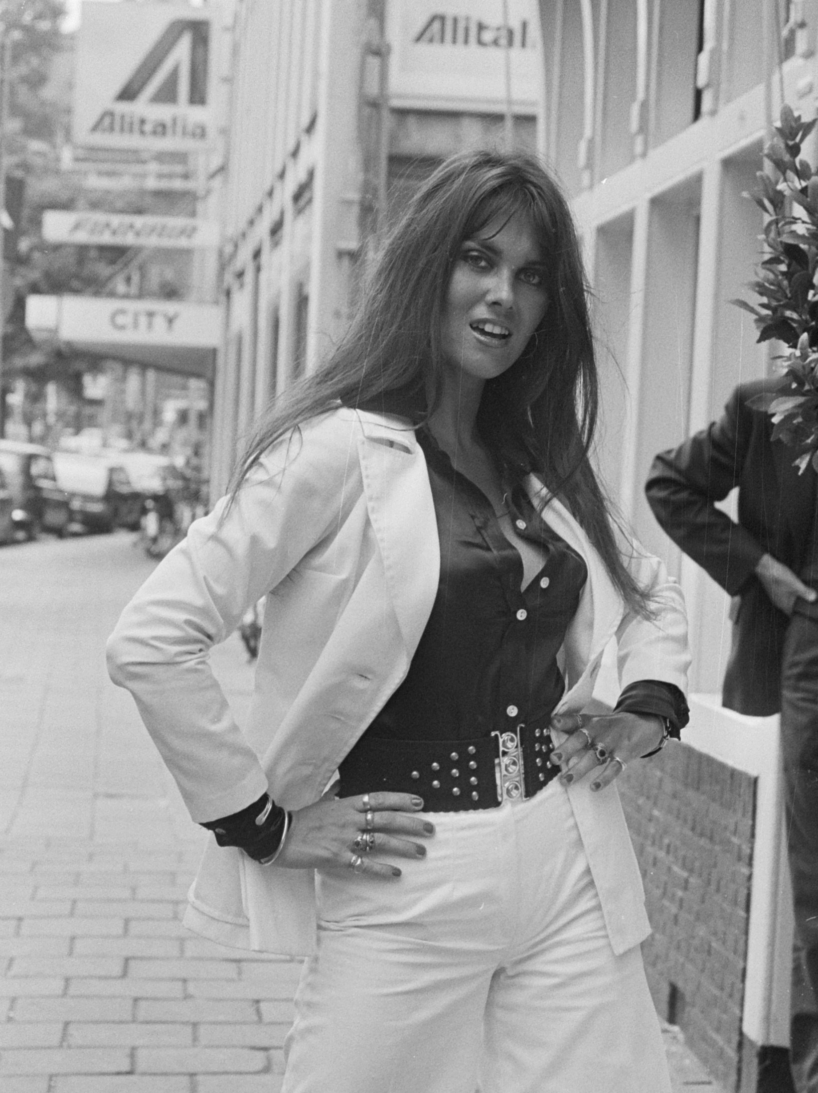 Discussion on this topic: Michelle Lintel, caroline-munro-born-1949/