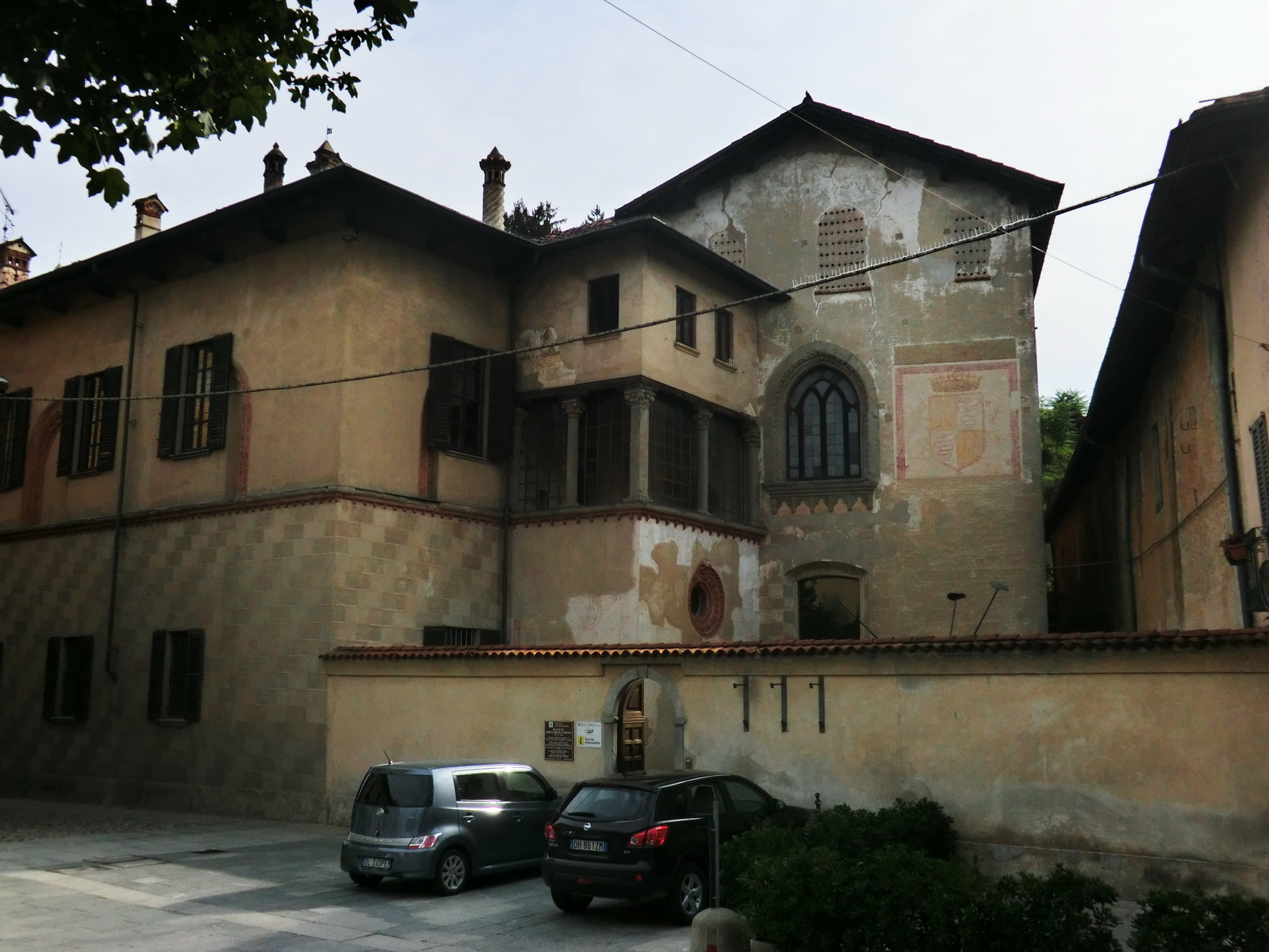 Palazzo branda wikipedia for Galimberti arredamenti castiglione olona