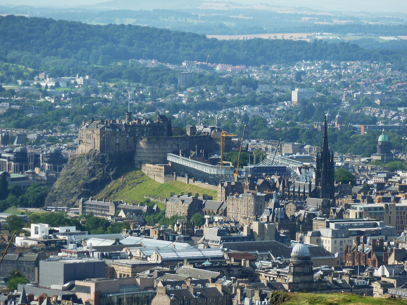 File:Edinburgh Castle from Arthur's Seat - geograph.org.uk