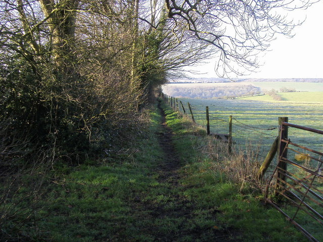File:Footpath off Chinnor Road - geograph.org.uk - 843148.jpg