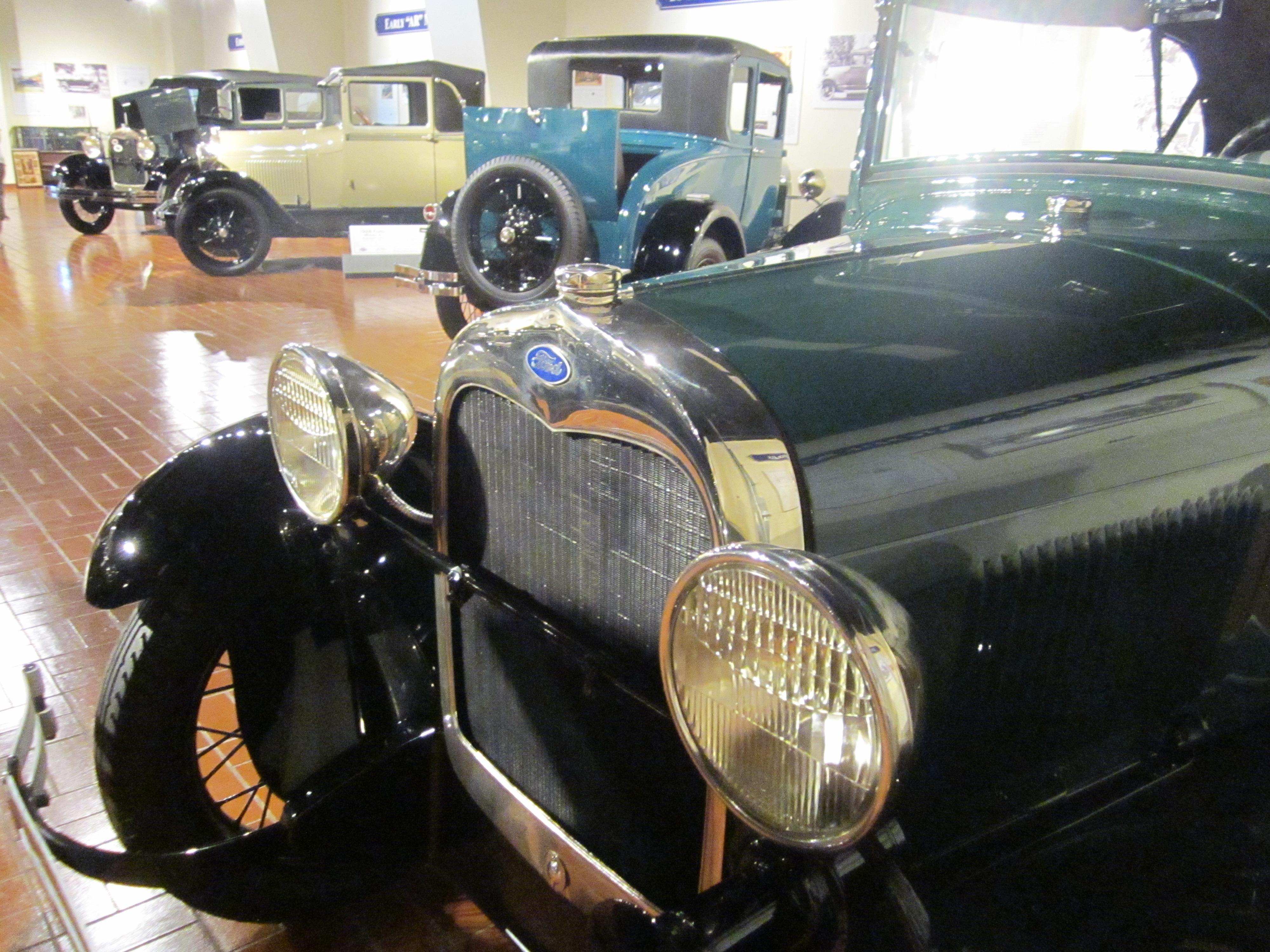 FileGilmore Car Museum Hickory Corners Michigan USA Sampling - Classic car museums in usa
