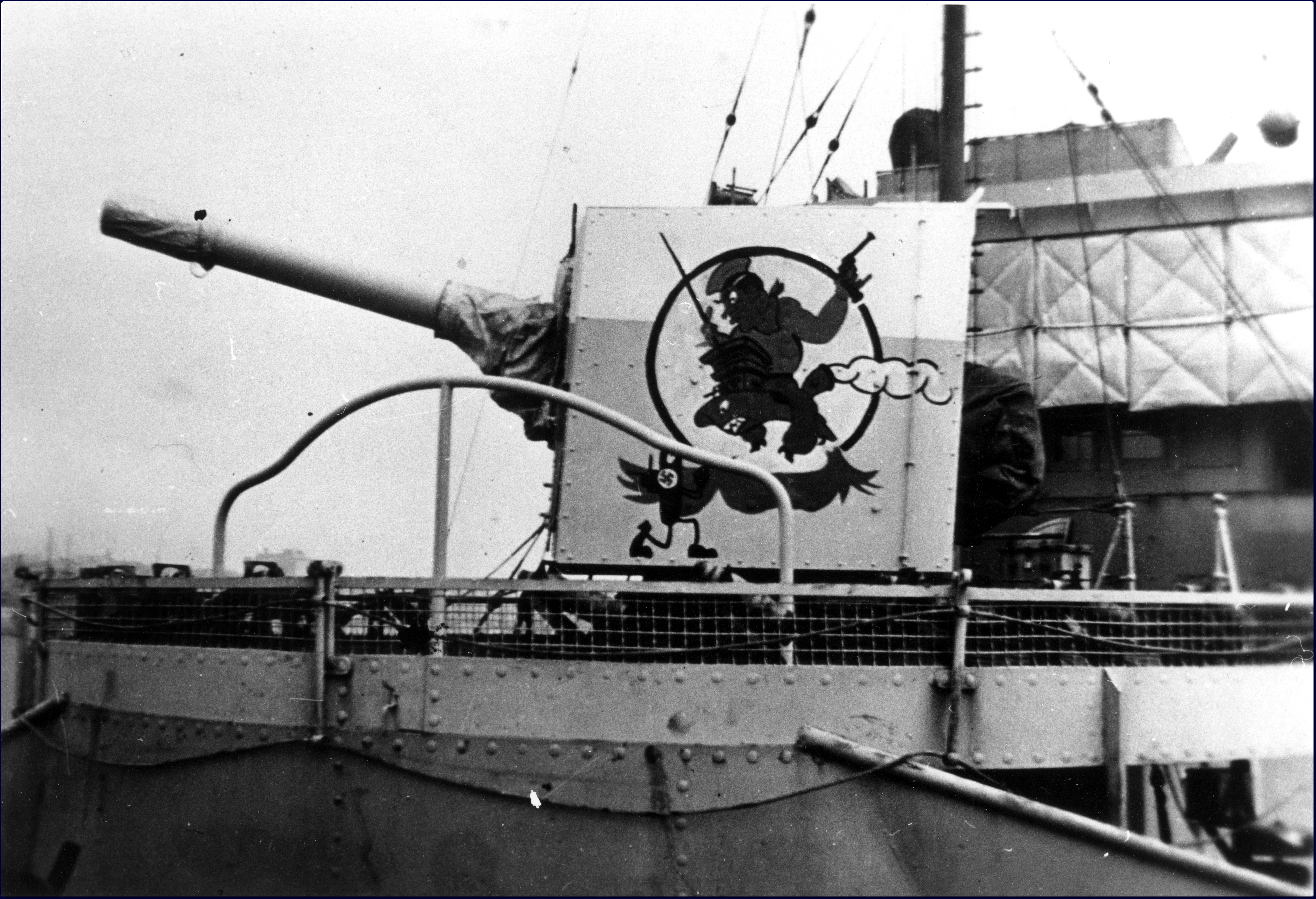 facts on world war ii as the largest naval war in history Naval history of world war ii  japanese kamikaze pilots exacted the largest loss of ships in us naval history with the sinking of 38 and the damaging of another .