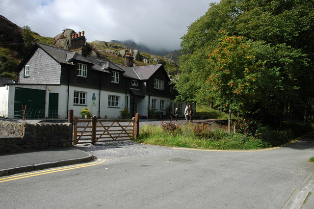 Idwal Cottage Youth Hostel - geograph.org.uk - 542986
