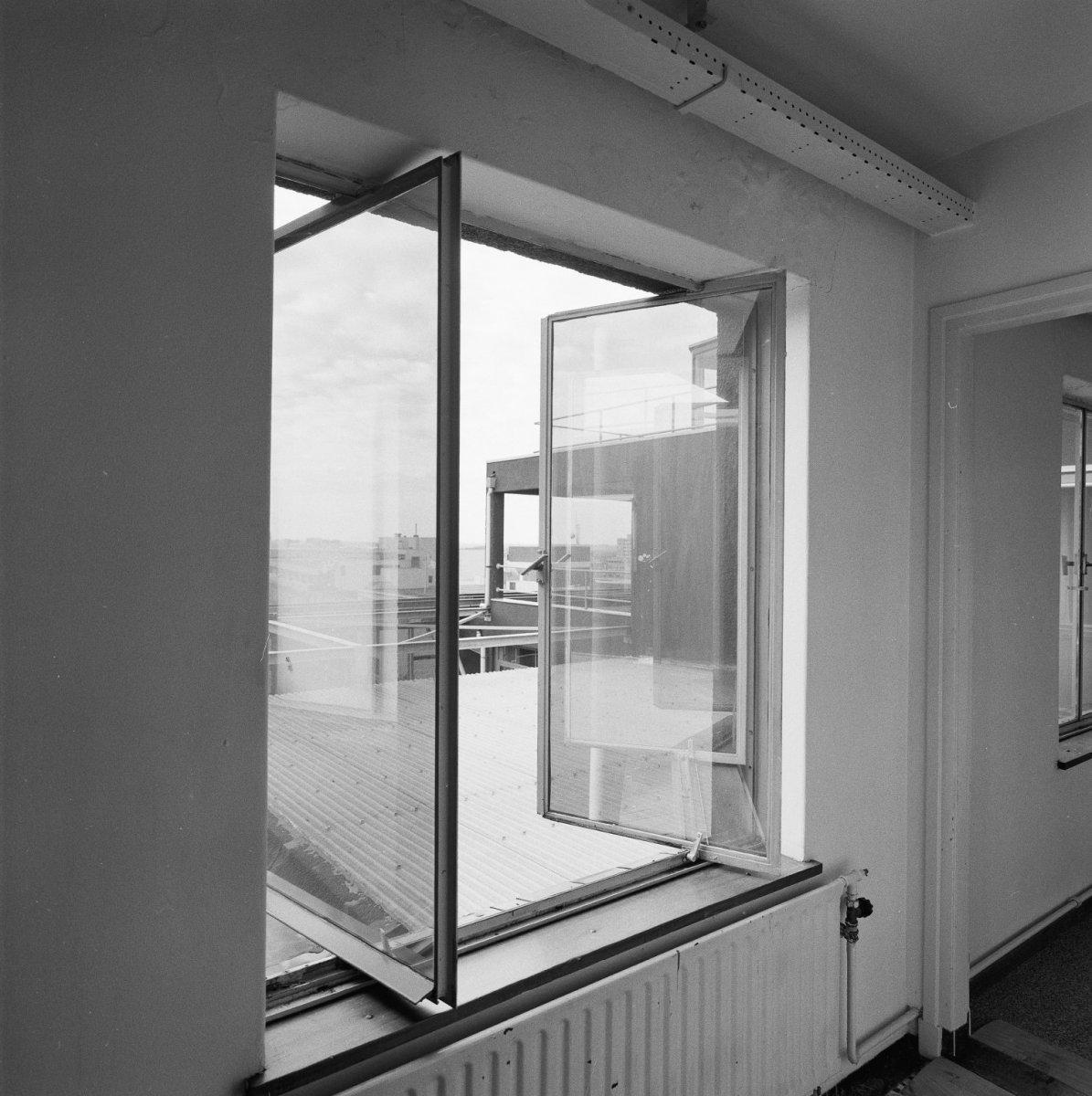 File interieur penthouse metalen raamkozijn draairaam heerlen 20001030 - Dachwohnung interieur penthouse ...