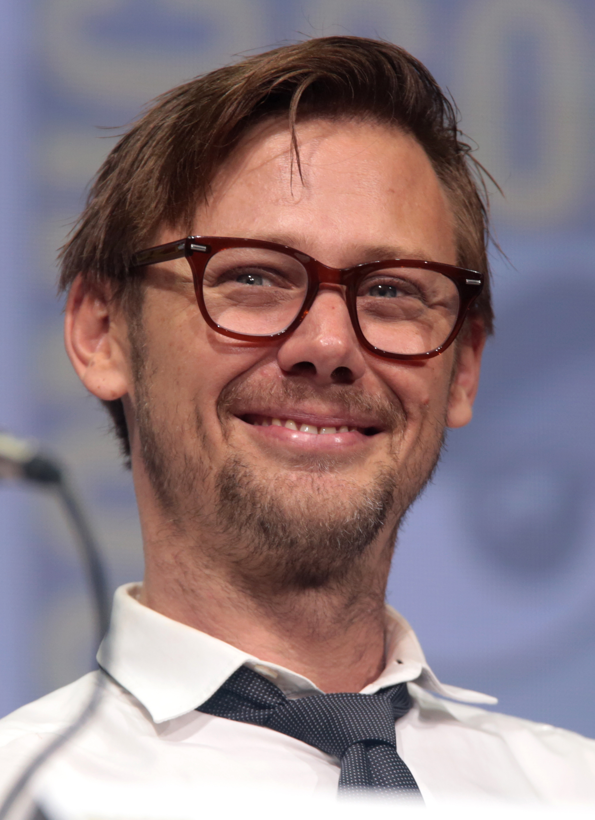 The 42-year old son of father (?) and mother(?) Jimmi Simpson in 2018 photo. Jimmi Simpson earned a  million dollar salary - leaving the net worth at 2 million in 2018