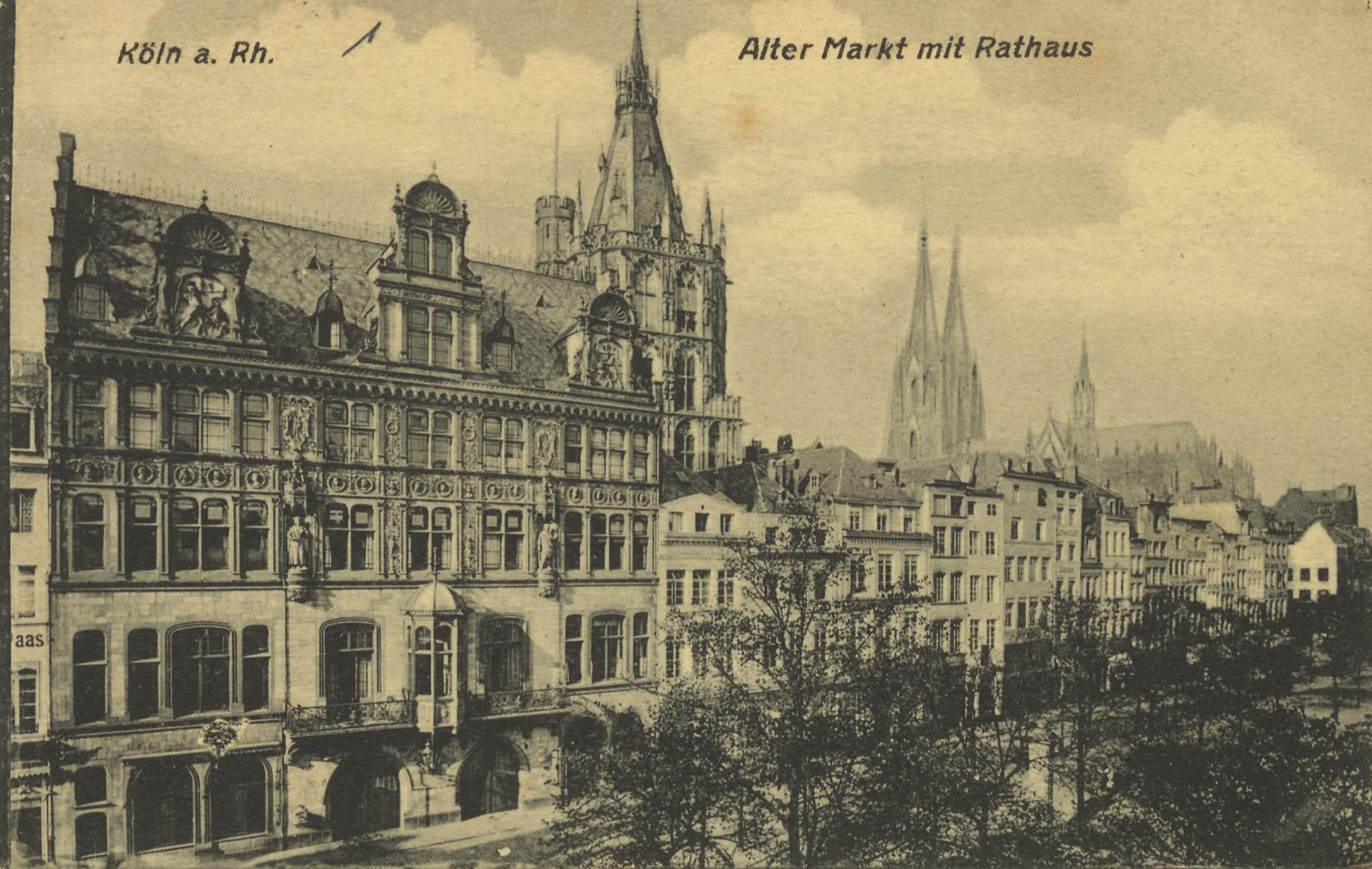 Köln a. Rh., Alter Markt mit Rathaus.jpg