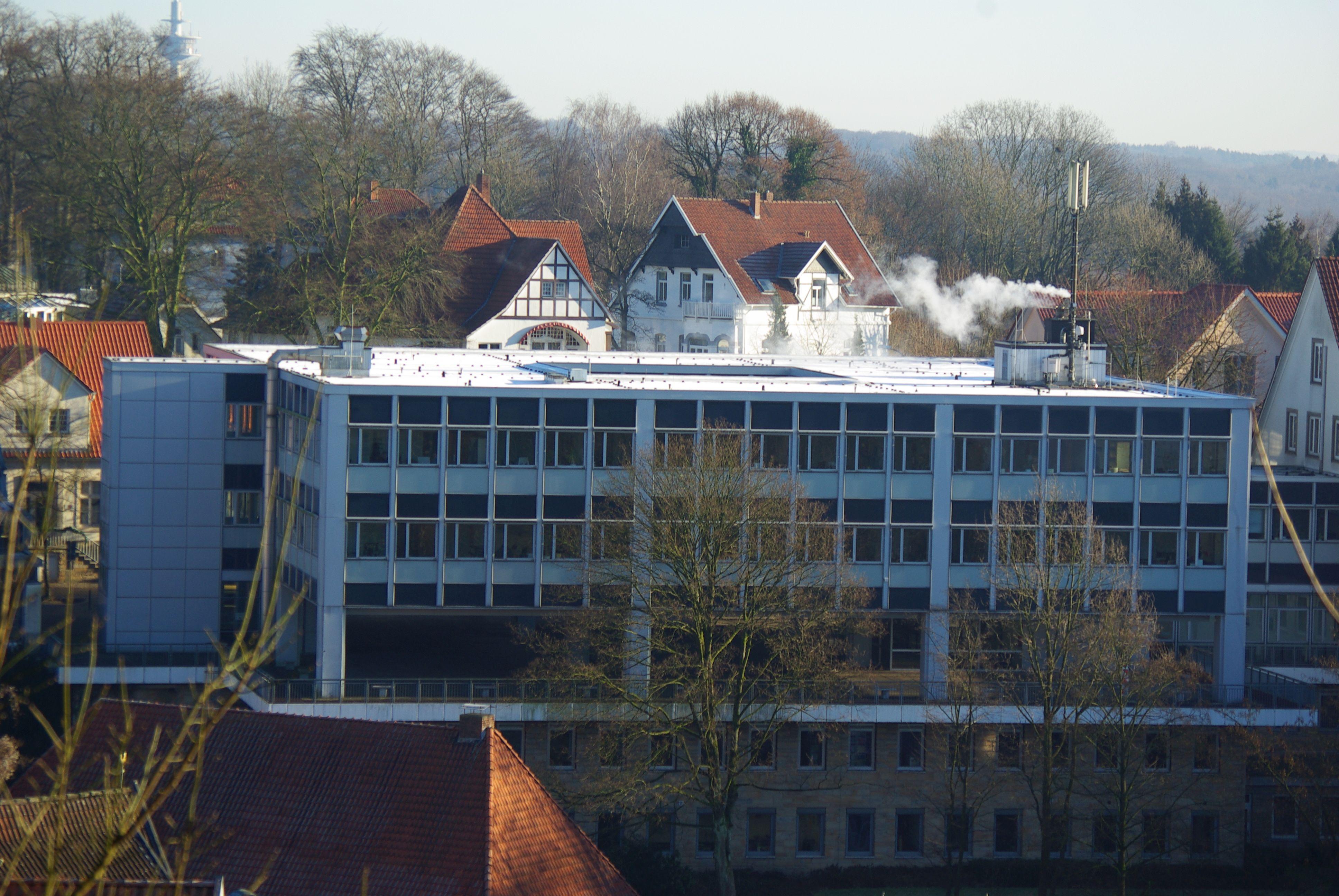 Datei:Kreishaus Tecklenburg Neubau.JPG – Wikipedia