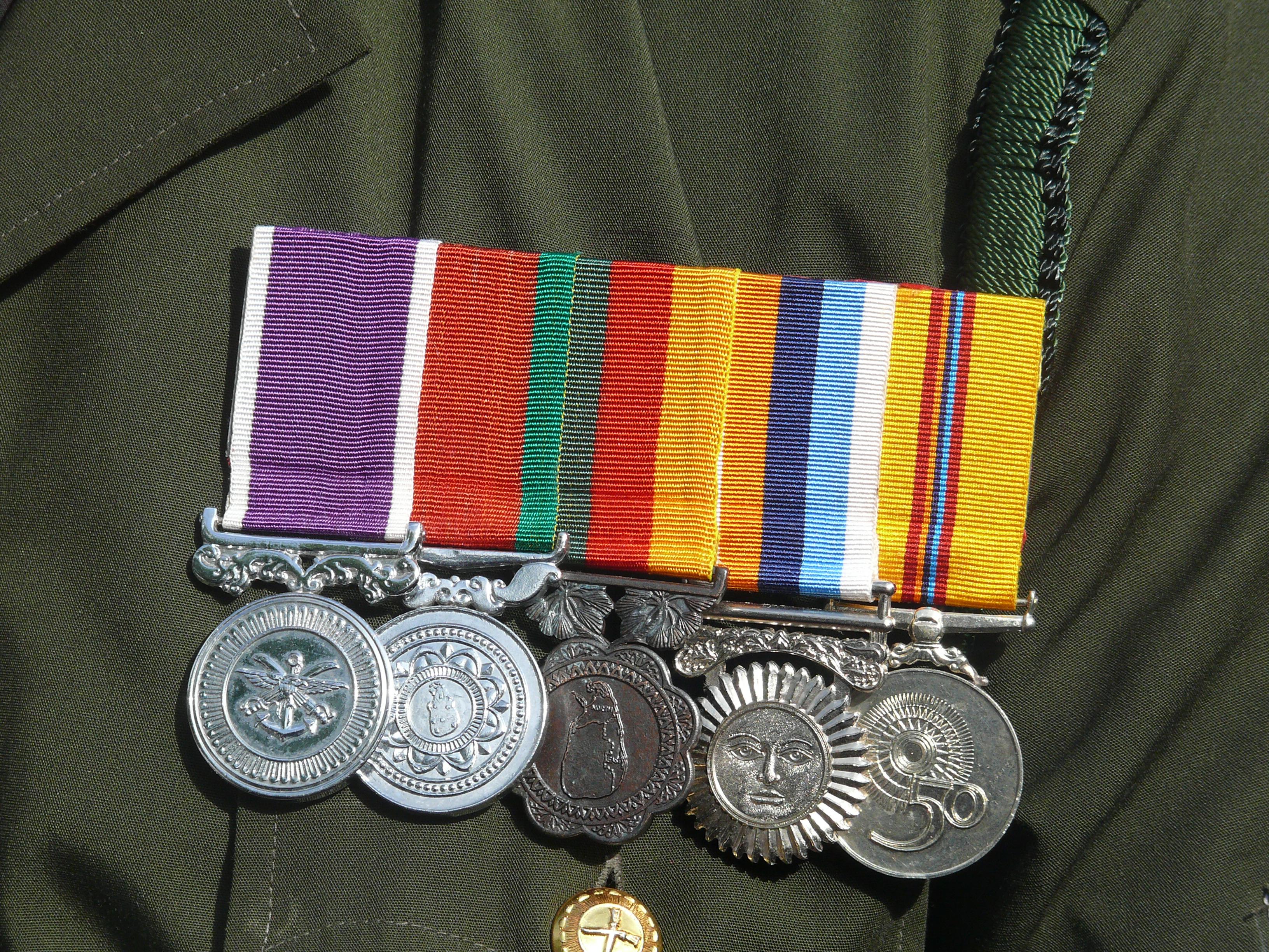 Military Awards And Decorations Of Sri Lanka Wikipedia