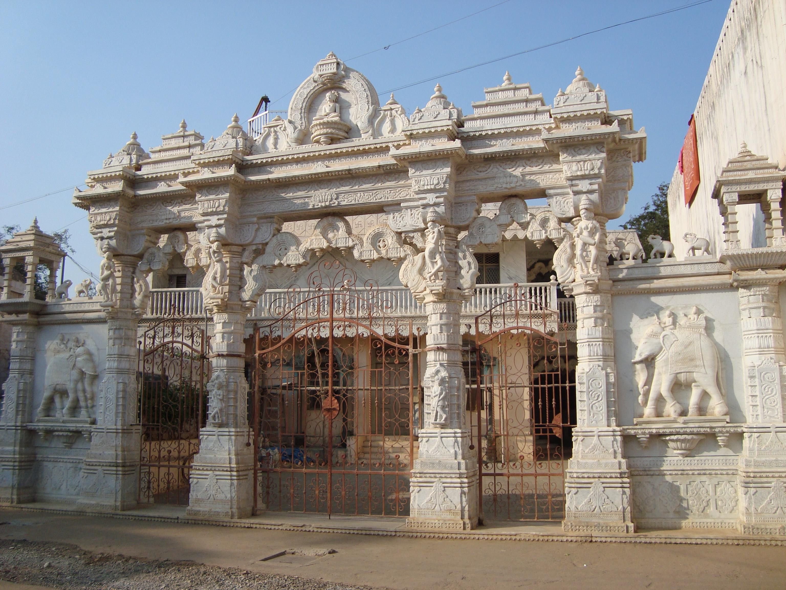 Newly built Jain temple at Lakshmeshwara, North Karnataka