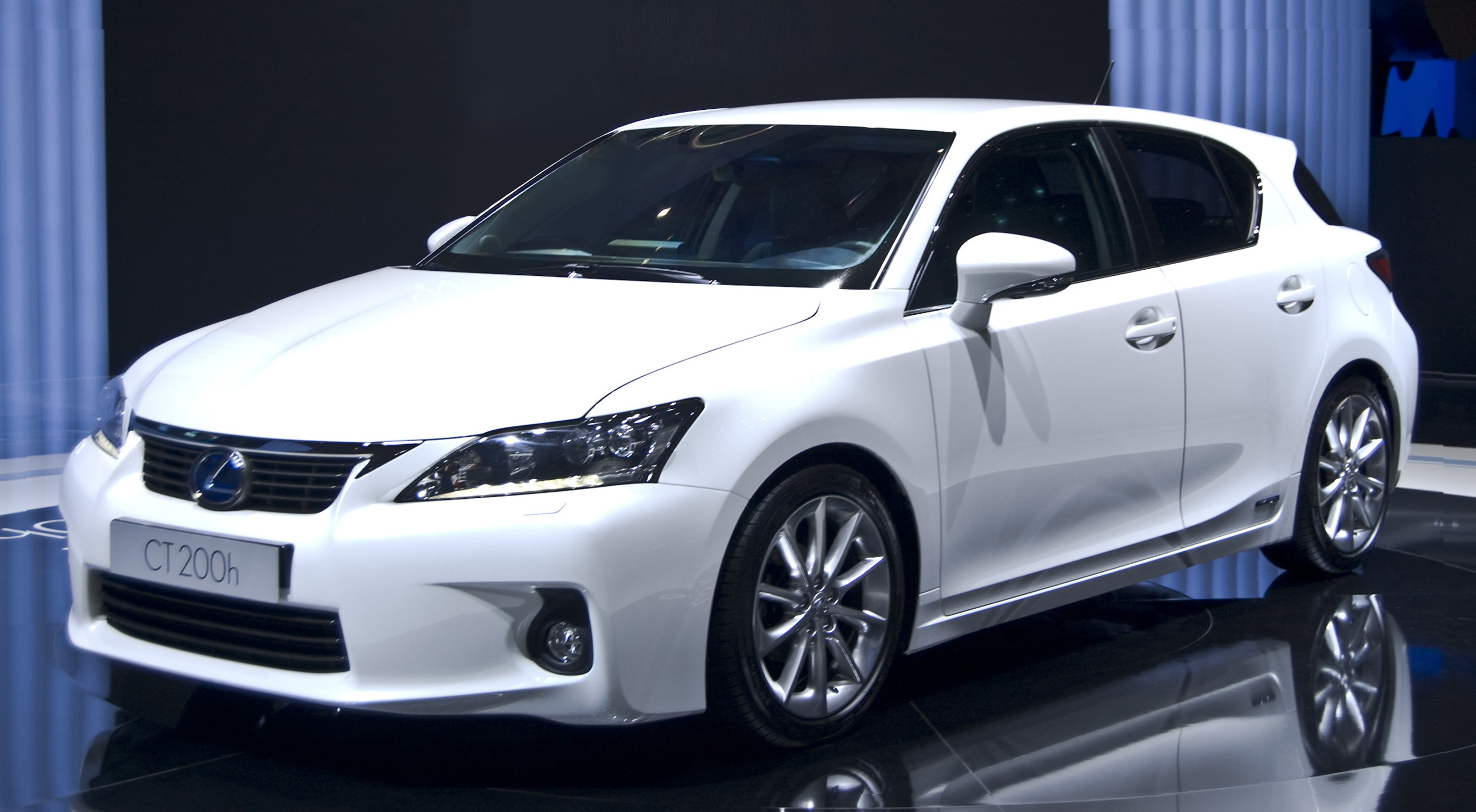 Lexus Ct 200h Reviews Lexus Ct 200h Car Reviews
