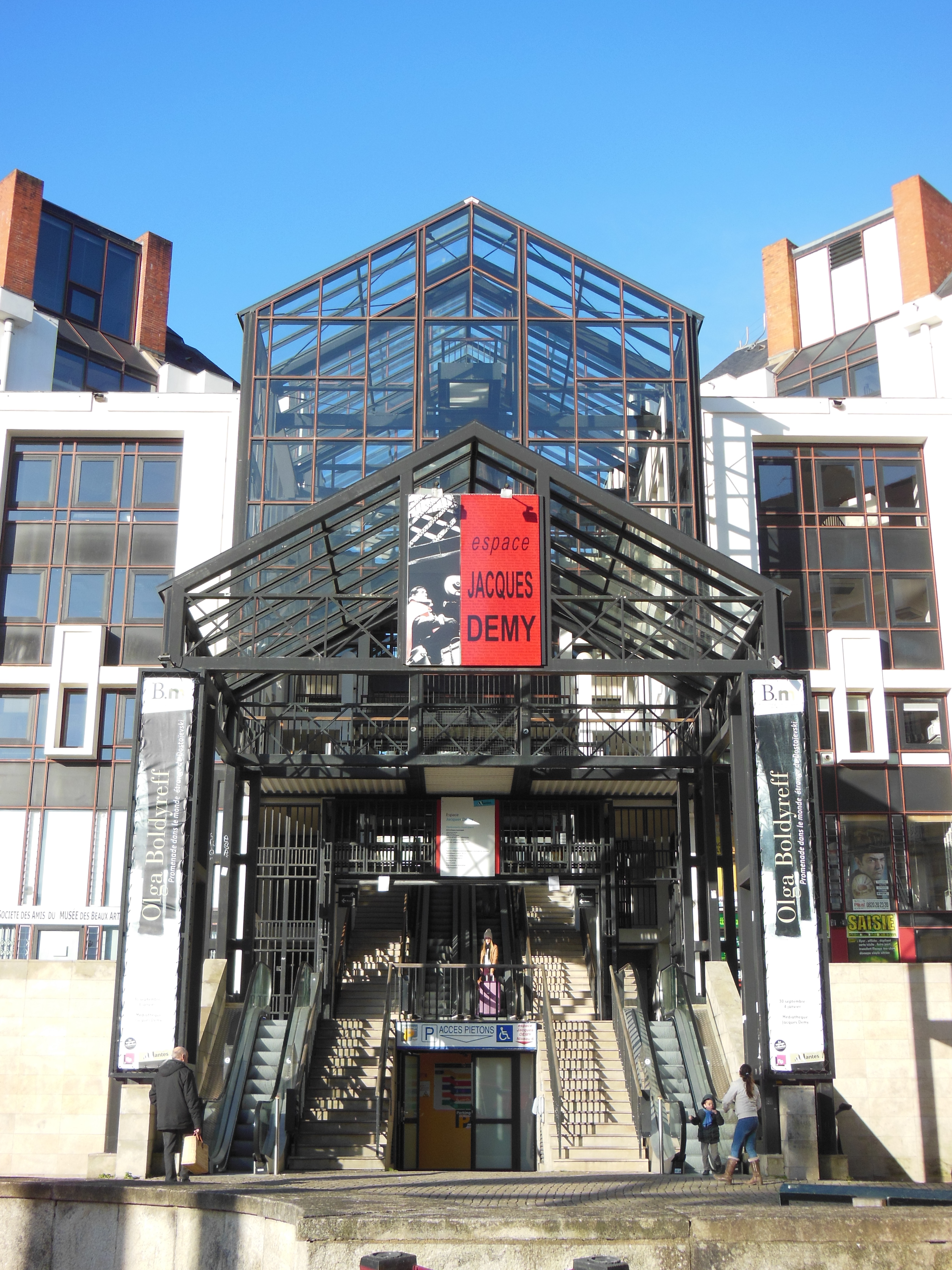 Médiathèque Jacques Demy Wikipédia