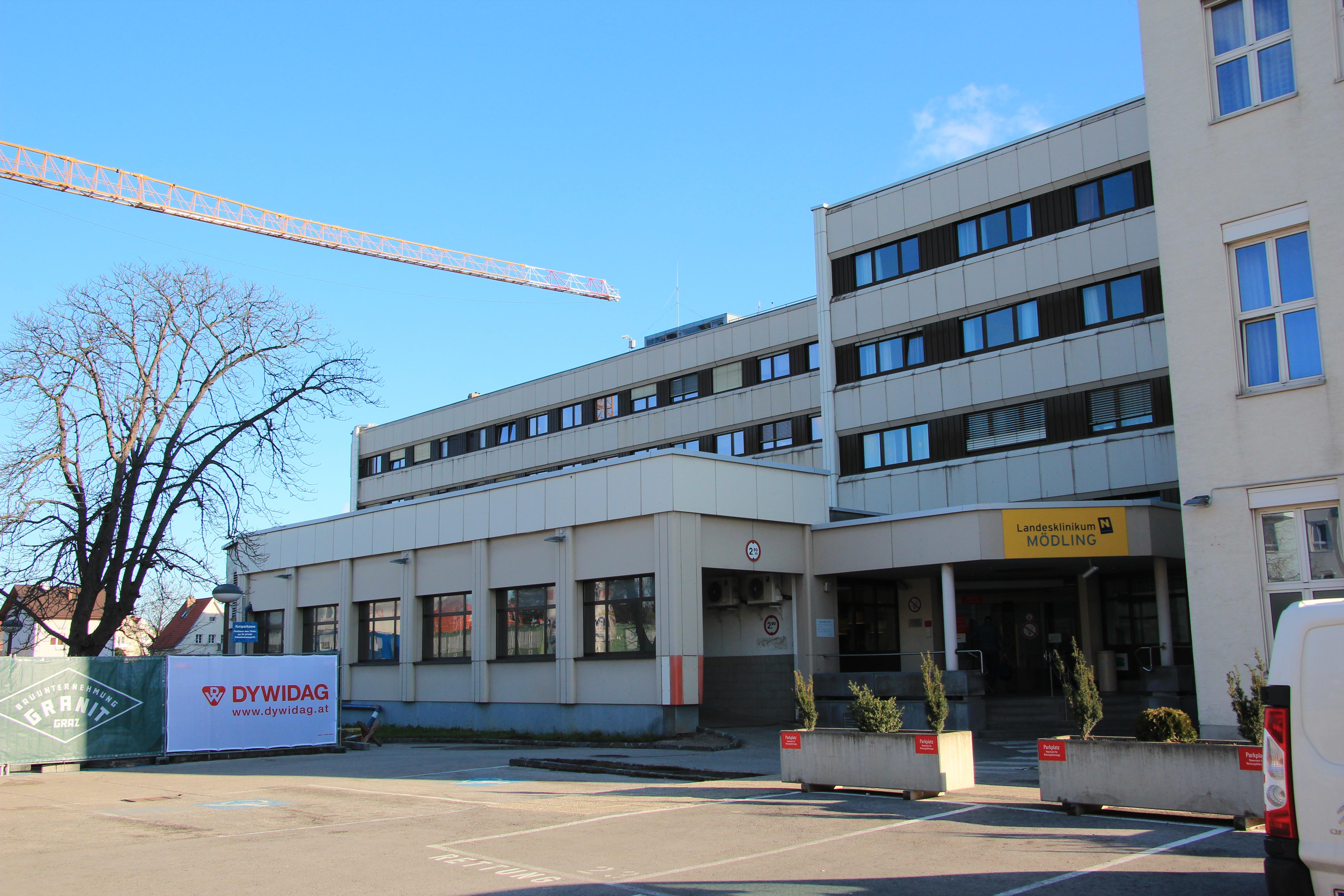 Filemödling Krankenhaus 3889jpg Wikimedia Commons