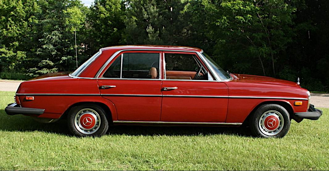 File mercedes benz 240d wikimedia commons for Mercedes benz 240 d
