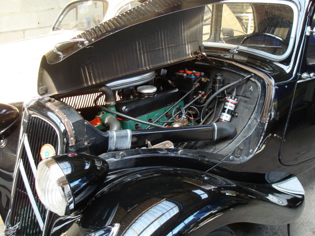 File moteur perfo 11 bl wikimedia commons for Chauffage interieur voiture