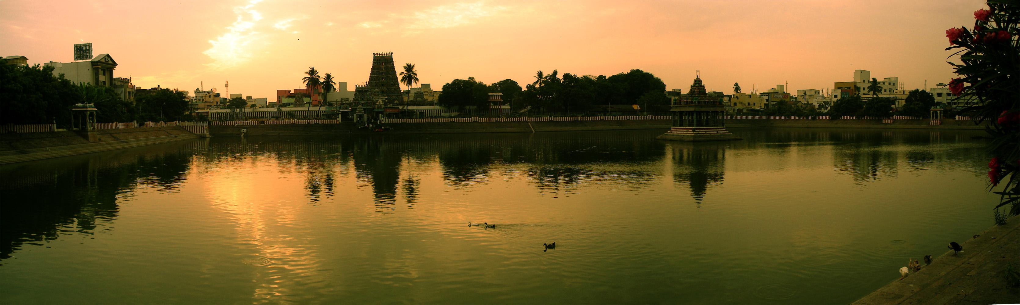 மயிலாப்பூர் கபாலீஸ்வரர் கோயில் திருக்குளம்