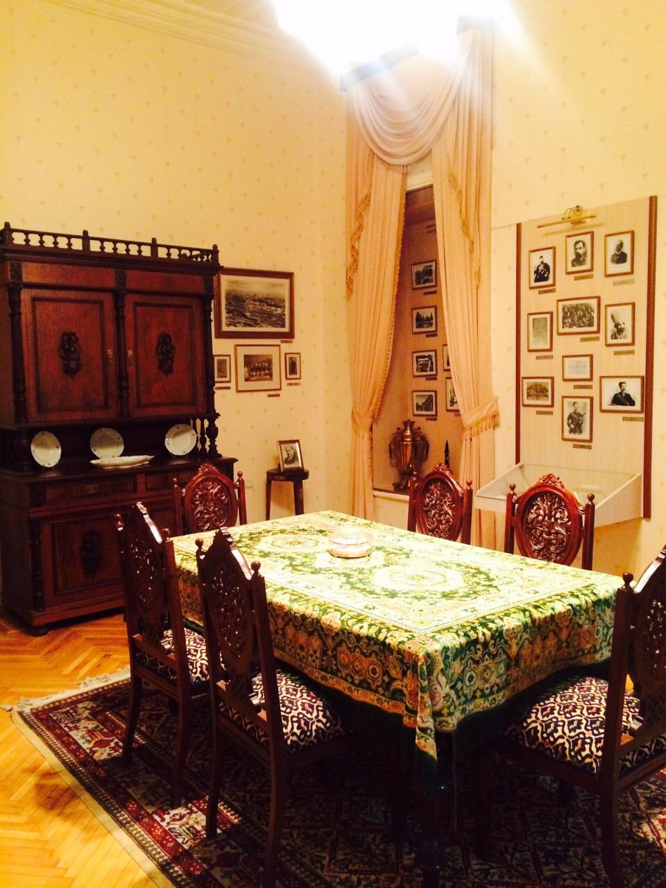 Dining Room Opened To Sum Room Ideas