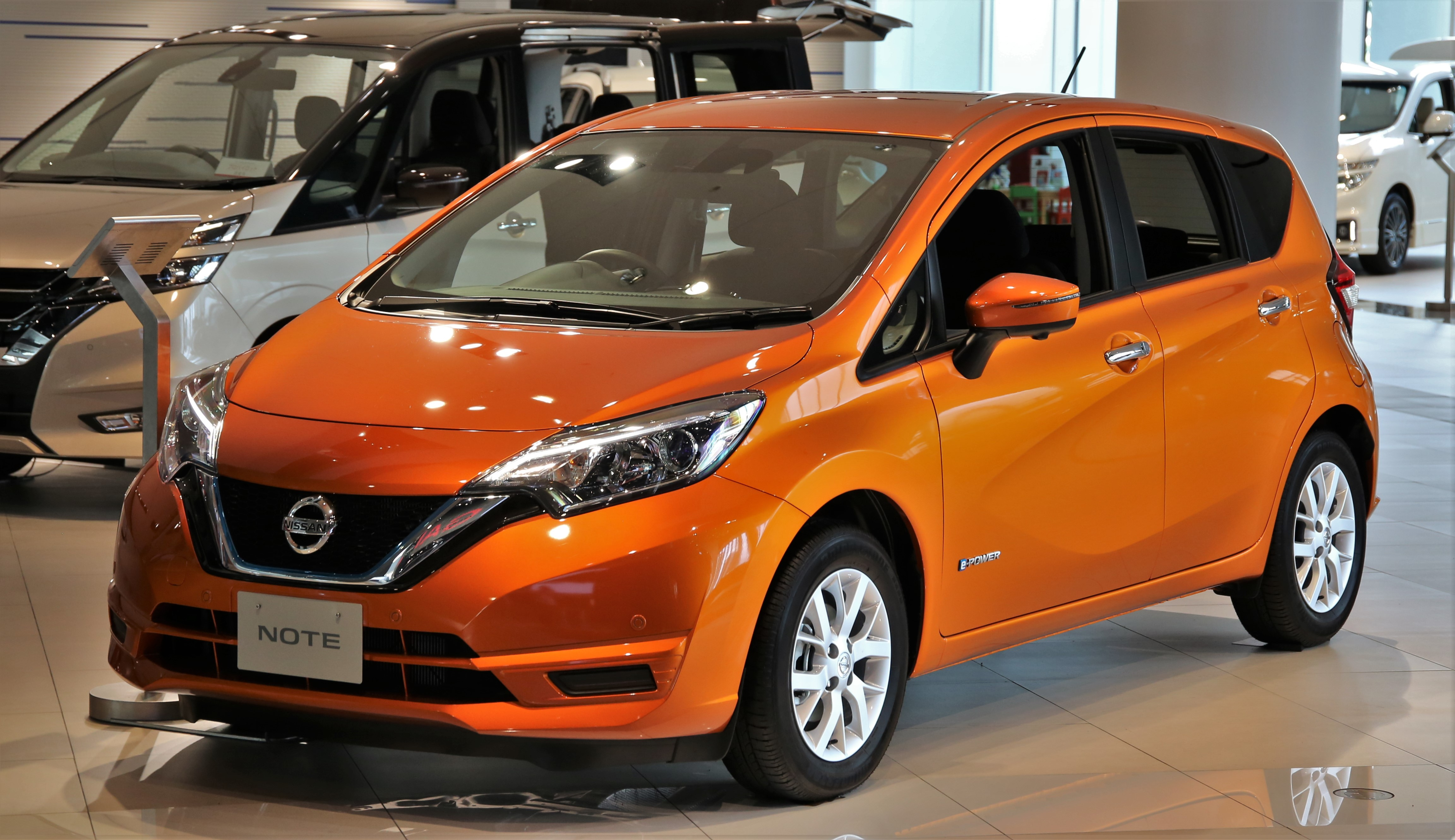 File:Nissan Note e-POWER X.jpg - Wikimedia Commons