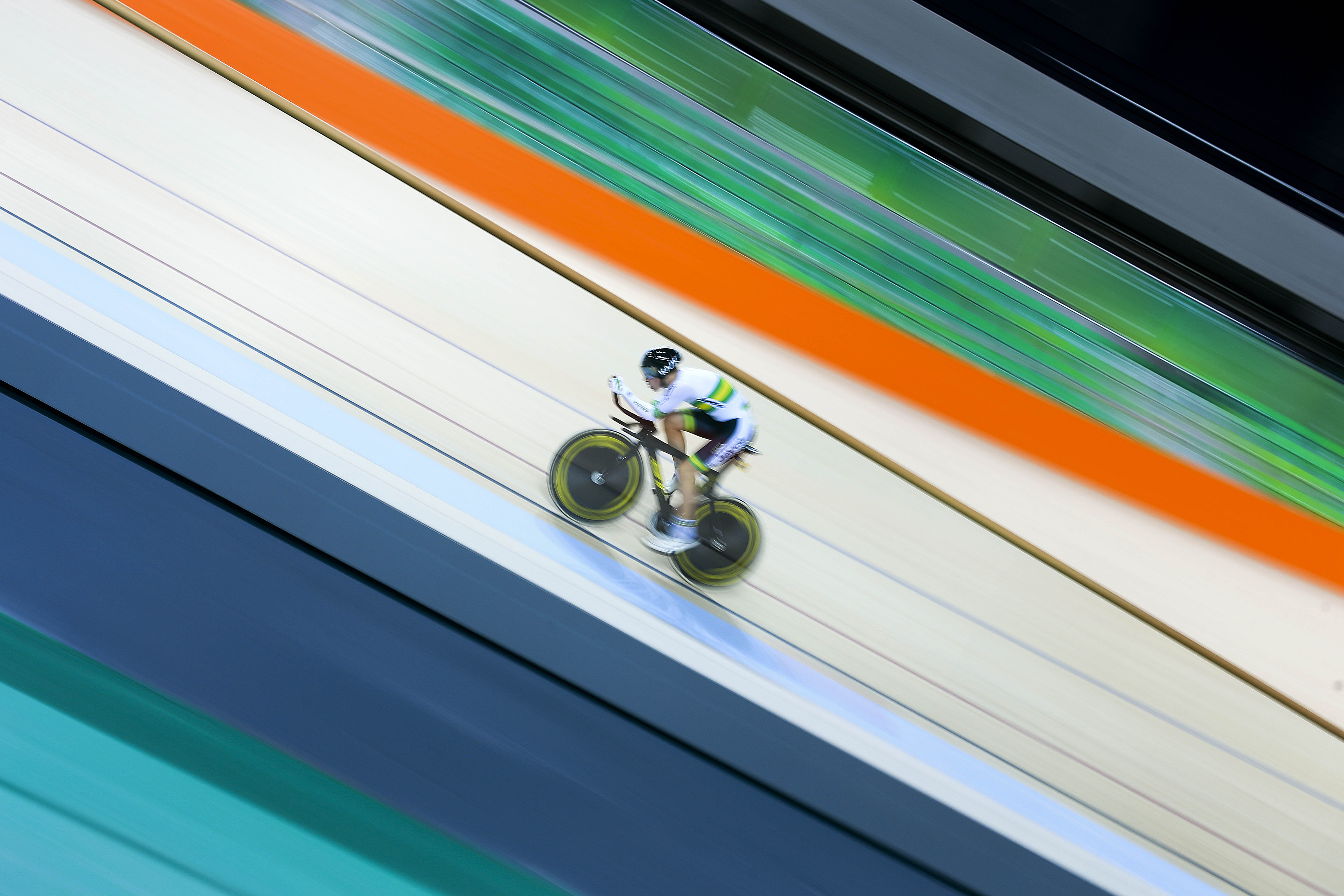 FileOlympic Velodrome In Barra Olympic Park Tested The Track 250616 5