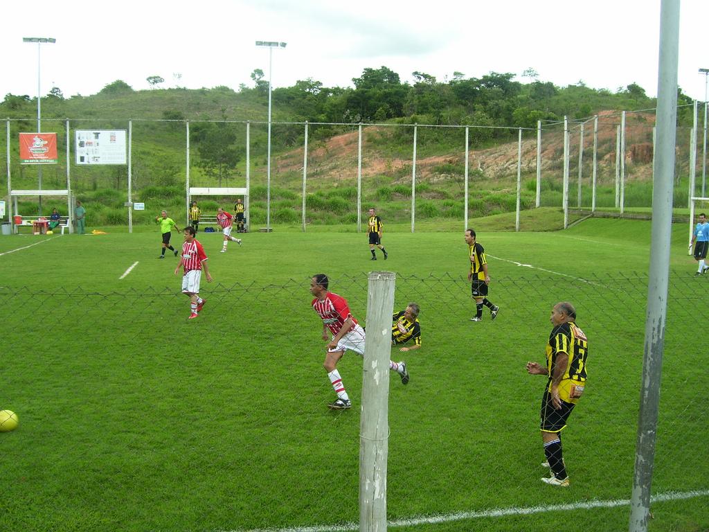 Futebol soçaite – Wikipédia 0df293f6c35f8