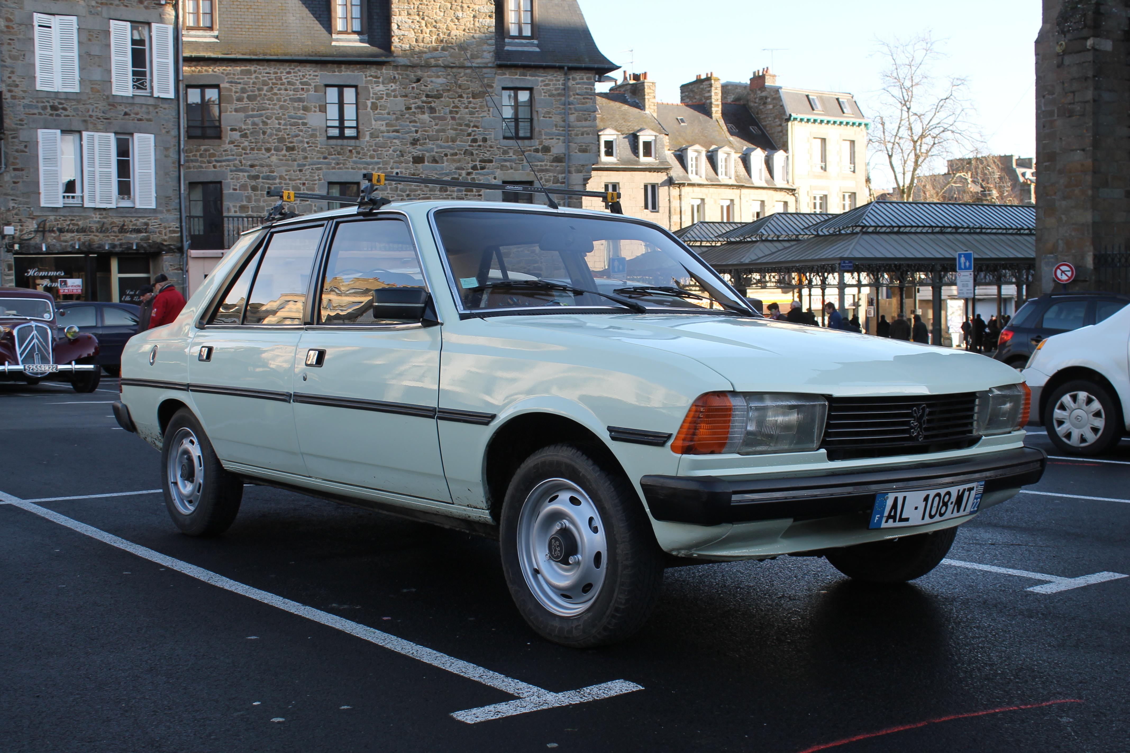 File Peugeot 305 S Avant Jpg Wikimedia Commons