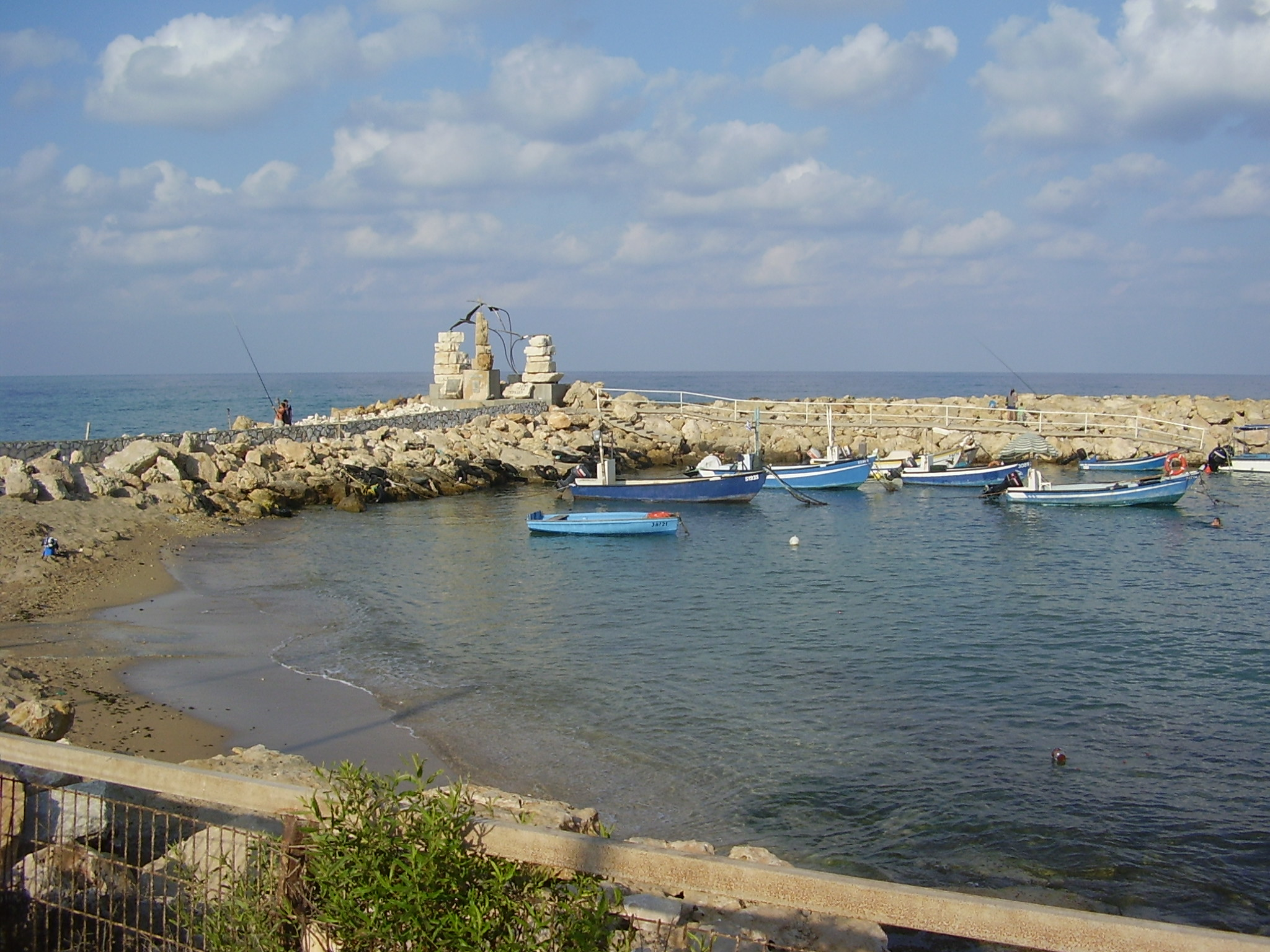 Nahariya Israel  city pictures gallery : Description PikiWiki Israel 14637 Nahariya beach immigration monument ...