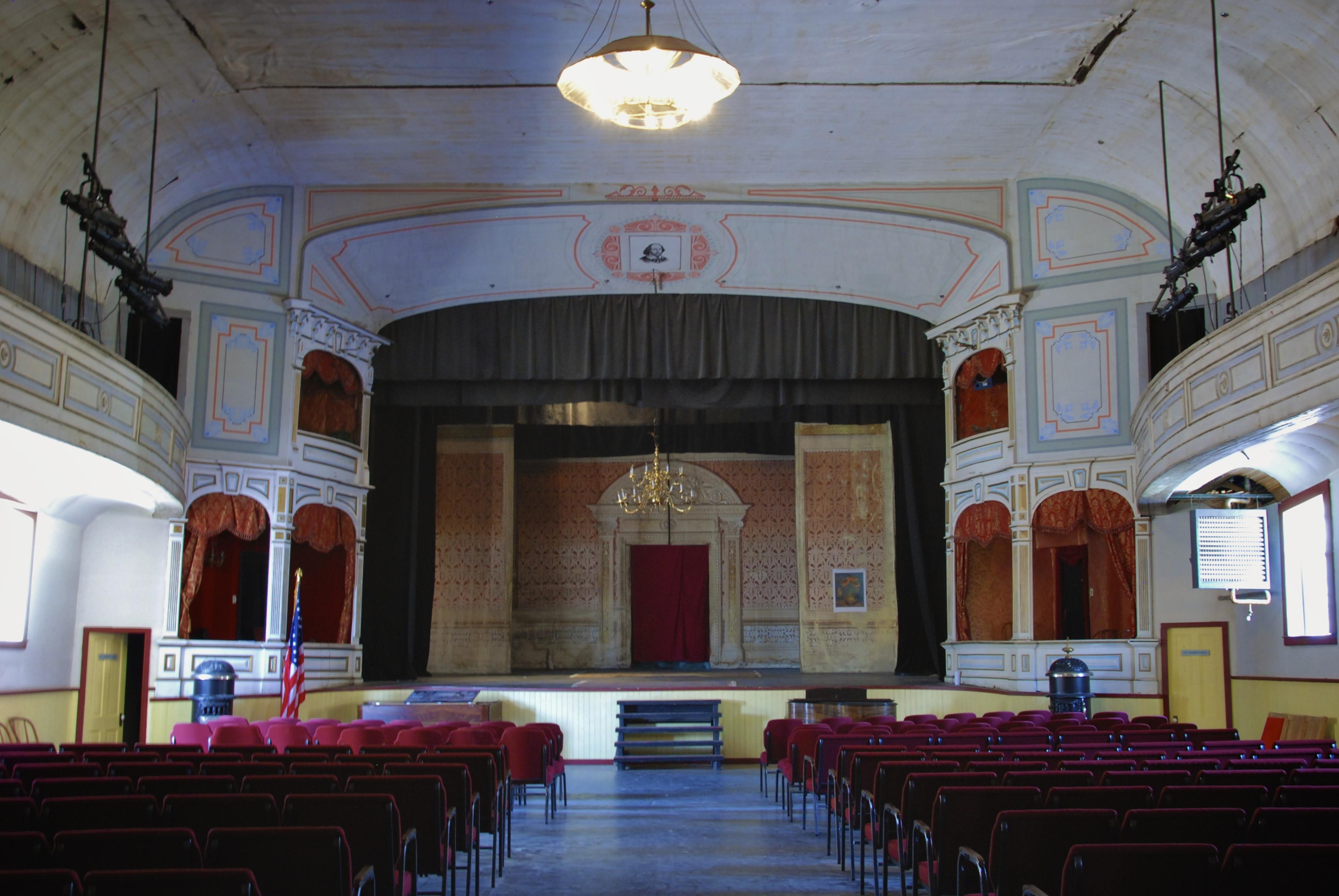 File piper 39 s opera house interior virginia city nevada for Creative design interior of nevada
