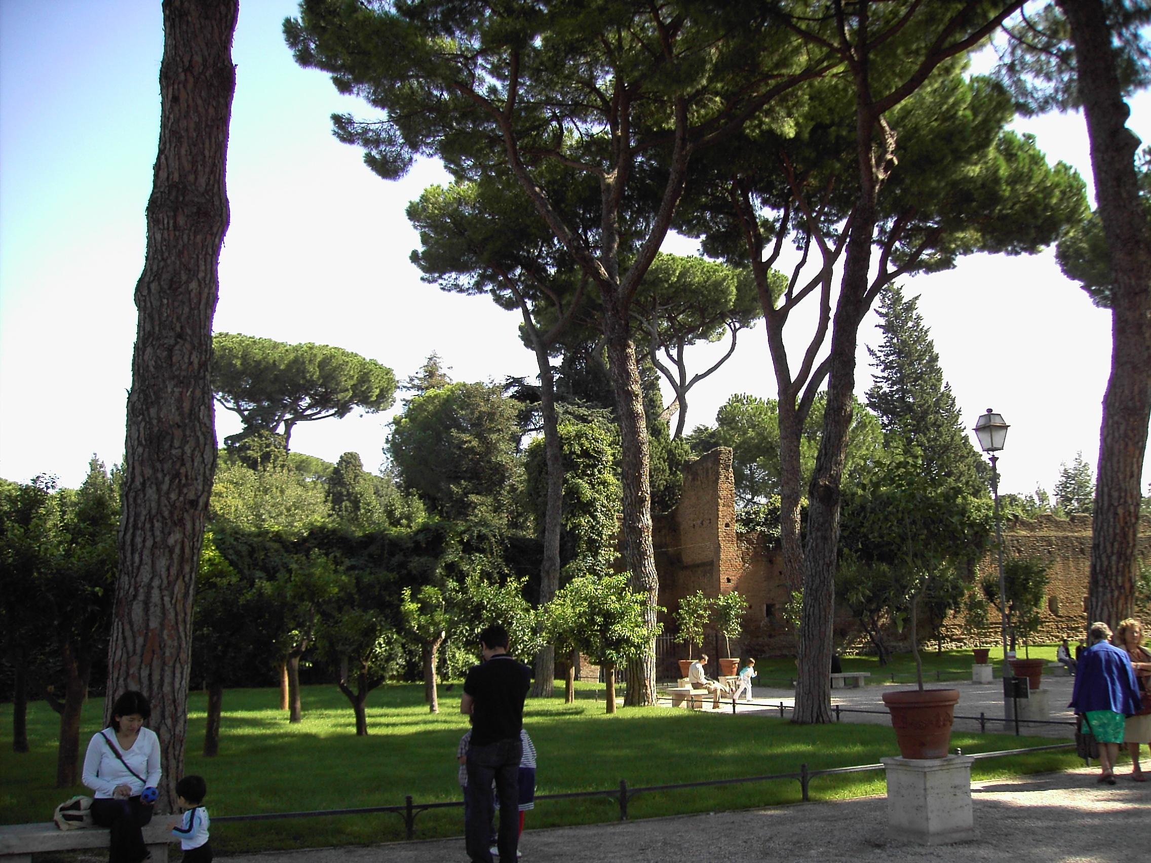 File ripa giardino degli aranci 04 jpg wikimedia commons - Giardino degli aranci frattamaggiore ...
